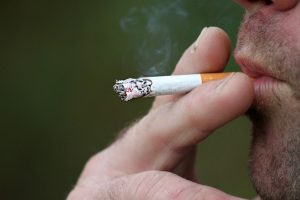 Blog-img - 6 daily habits to lower your risk of cancer